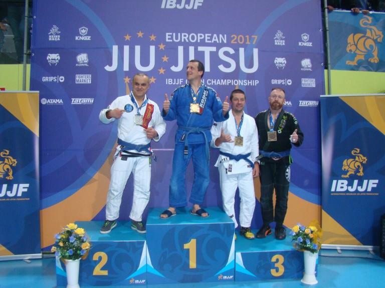 Master_4_blue_belt-88